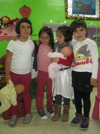 Ludoteca de Usansolo - visita del colegio Unkina